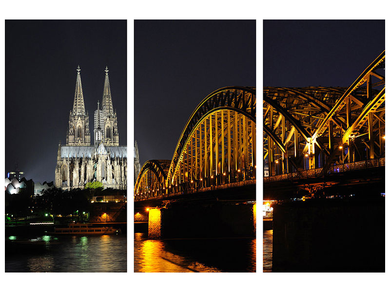 3 Piece Canvas Print At night in Cologne